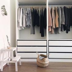 Clean & chic closet @nnmyr13