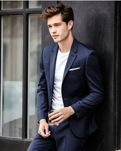 Francisco Lachowski as Kile Woodwork. Francisco Lachowski, Beautiful Boys, Pretty Boys, Images Instagram, Best Hair Brush, Mode Man, Style Masculin, Photography Poses For Men, Herren Outfit