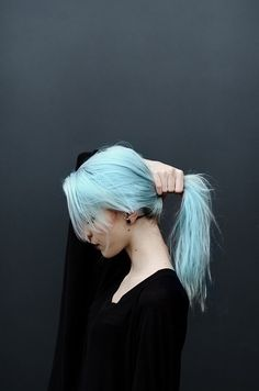 Image via We Heart It https://weheartit.com/entry/162172893/via/29738922 #alternative #beautiful #fashion #girl #grunge #hipster #indie #inspiration #monochrome #photography #style #vintage #haircolor