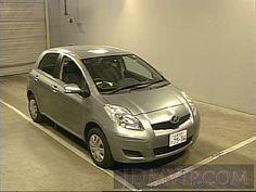 download free toyota vitz platz 1999 2005 repair manual image rh pinterest com Toyota Vitz 2011 2003 Toyota Vitz