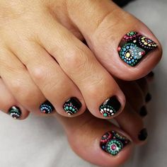 Looking for new and creative toe nail designs? Let your pedi always look perfect. We have a collection of wonderful designs for your toe nails that will be appropriate for any occasion. Be ready to explore the beauty and endless creativity of nail art! Cute Nail Art Designs, Pedicure Designs, Pedicure Nail Art, Toe Nail Designs, Toe Nail Art, Manicure Ideas, Cute Toenail Designs, Nails Design, Black Toe Nails
