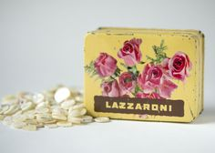 Dolcezze Lazzaroni tin box roses Mid century Mother of by 4Rooms