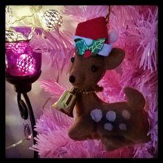 Less is less. Joulu is Yule. #bambi #jinglebell  #jinglebells rok  #tonttulakki #elfhat  #pink #yuletree