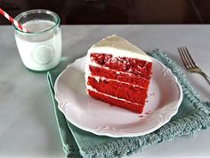 American Cakes: Red Velvet Cake - A traditional recipe and history for Red Velvet Cake with Cream Cheese or Whipped Roux Frosting from food historian Gil Marks. via @toriavey