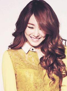 long korean hairstyles for women