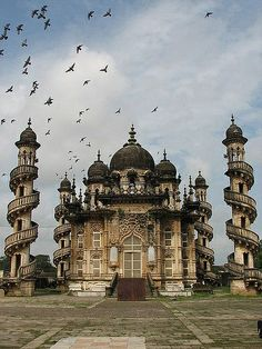 Mohabbat Maqabara Palace in Junagadh, Gujarat, India wallpaper