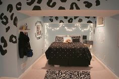 omg can i have this  room??