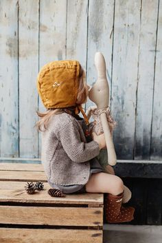 If you follow my Pinterest board 'A Little Bohemian Girl' you'll know I'm just a little obsessed with linen clothing for little ones. It's timeless, hard