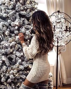 Cozy night at home before Thanksgiving tomorrow! // One of my favorite retailers just started their Black Friday sale and my sweater dress… Cute Christmas Outfits, Cute Outfits, Winter Photos, Star Fashion, Fashion Fashion, Fashion Women, Fashion Ideas, Luxury Fashion, Fashion Tips