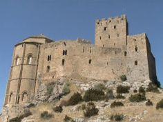 Castillo de Javier :: Leer... http://castillosdenavarra.wordpress.com/2012/08/13/el-castillo-de-javier/