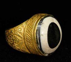 Ottoman Gold Ring with an Eye Agate - OS.172 Origin: Turkey Circa: 18th Century AD to 19th Century AD