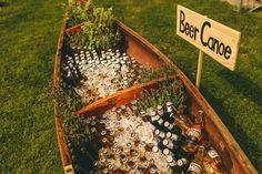 25 Reasons to Love an Outdoor Fall Wedding The brisk temperature mean you can have a beer canoe without worrying about anything getting warm. The post 25 Reasons to Love an Outdoor Fall Wedding appeared first on Outdoor Ideas. Perfect Wedding, Dream Wedding, Wedding Day, Spring Wedding, Wedding Gowns, Canoe Wedding, Destination Wedding, Elegant Wedding, Wedding Backyard