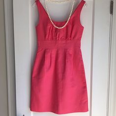 """J Crew Dress for Spring. J Crew Dress perfect for this spring and summer. 16"""" between under arms. 26"""" waist. 36"""" hips. 35"""" shoulder to hem. Like new condition. Fun, smart and so pretty!  •••Firm Price••• J. Crew Dresses"""