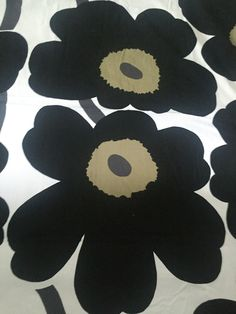 Marimekko Unikko Table Cloth or fabric remnant www.studiolanereposedny.com www.reposedny.com