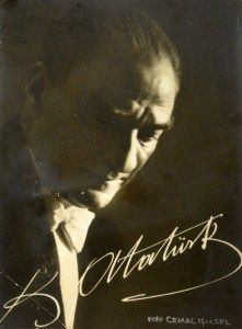 'Atatürk'ün İmzasını Çizmek Görevi Bana Verildi' | MustafaKemâlim