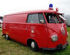 VW Kombi by Dafydd359