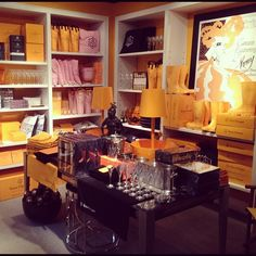 Mellow Yellow. Veuve Cliquot everything. Seriously, even wellies at this shop in #luxurytoronto...