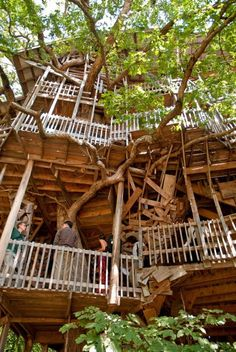 Minister's Treehouse in Crossville, TN