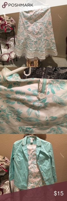 Two pieces skirt and blazer Great condition it comes with the skirt and blazer main colors are white and like aqua green color Skirts Skirt Sets