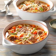 Vermicelli Beef Stew Slow Cooker Chili, Slow Cooker Recipes, Beef Recipes, Soup Recipes, Cooking Recipes, Yummy Recipes, Dinner Recipes, 300 Calorie Meals, Kitchens