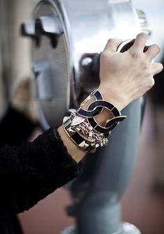 black and gold #fashion #style