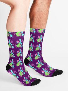 Retro style, Trippy, Fun, Playful, Psychedelic, Arte Abstracto Socks Funky Socks, Novelty Socks, Designer Socks, Trippy, Crew Socks, Streetwear Fashion, Flower Patterns, Chic Outfits, Psychedelic