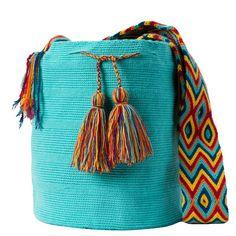comprar bolso wayuu en madrid, wayuu, croche, bolsos hecho a mano, producto… Handmade Handbags, Handmade Bags, Crochet Woman, Knitted Bags, Handmade Design, Crochet Stitches, Bucket Bag, Pouch, Turquoise