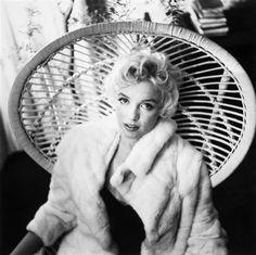 Cecil Beaton - Marilyn Monroe; Medium: Gelatin silver print; Dimensions: 29 X 29 cm.