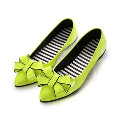 Butterflyknot Pure Color Stripe Light Ponited Toe Slip On Flat Shoes