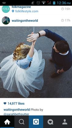 I want an engagement photo like this <3