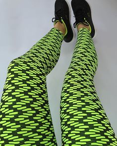 Do you run at night? Problem solved, everyone will notice you. Cascavel Lime Green Leggings. Amazing hold. www.brazilianleggings.com #instamood #summerready #crossfitleggings #crossfitgirls #yogaleggings #yogapants #zumbaleggings  #zumbawear  #pilatesleggings  #pilates #limegreen #brazilianleggings  #xfitbrazilianleggings #brazil