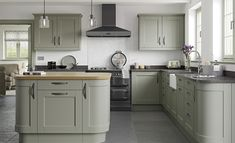 Kensington Shaker Style Kitchen in Painted Sage Green