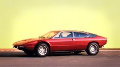 1972 – With the Urraco, Ferruccio Lamborghini intended to build a more economical sports car – the 2+2 Coupé was the affordable alternative to the existing Lamborghini models. Marcello Gandini of Bertone had designed the Miura and was also responsible for the Urraco's lines. The engine was a newly developed V8, which launched with a displacement of 2.5 liters and was expanded to 3 liters in 1974. A 2-liter V8 was only available in the Italian market. When production ceased in 1979 780…