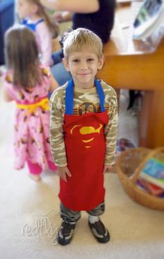 Redfly Creations: 12 Free Child's Apron Patterns