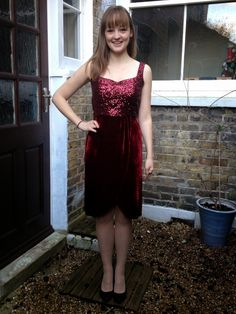 Diary of a Chain Stitcher : Sequin and Red Velvet Christmas Party Dress
