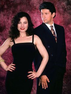 Fran Drescher and Charles Shaughnessy in The Nanny Nana Fine, Fran Fine The Nanny, Nanny Outfit, Fran Drescher, Fran Fine Outfits, Miss Fine, Nanny Contract, Charles Shaughnessy, Nanny Jobs