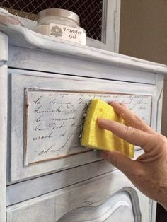 How to Transfer Images onto Furniture - this is an easy way to give your furniture an aged, French finish. Via Maison Decor #paintedfurnituredistressed