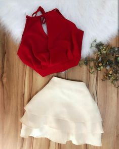 25 Valentine's Day Outfit Ideas Teen Fashion Outfits, Mode Outfits, Skirt Outfits, Look Fashion, Outfits For Teens, Girl Fashion, Casual Outfits, Fashion Dresses, Fashion Clothes
