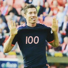 100 Goals in Bundesliga. Congrats Lewandowski.