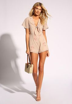 Right on the dot! A chic romper in a lightweight chiffon bodice with a polka dot and floral print. Features a layered top with tie front straps. Looks perfect with clog heels and delicate nec White Romper, Floral Romper, Floral Tie, Black Long Sleeve Romper, Women's Clothes, Clothes For Women, Cute Rompers, Dress Outfits, Fashion Dresses