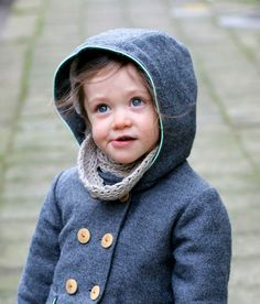 The Berlin coat is a warm Winter coat with multiple options. The hood keeps your child's head warm, while the standing collar protects your child's neck from the cold wind. Go for a sophisticated l…