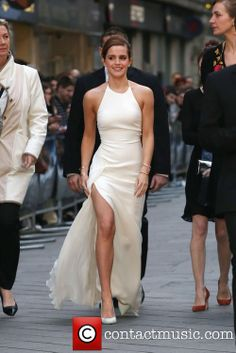 Emma Watson at the Noah UK film premiere in Ralph Lauren