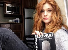 Discovered by adora. Find images and videos about shadowhunters and katherine mcnamara on We Heart It - the app to get lost in what you love. Katherine Mcnamara, Blonde Actresses, Clary Fray, Copper Hair, Strawberry Blonde, Beautiful Redhead, Shadow Hunters, Ginger Hair, Beautiful Actresses