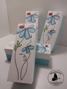 Mini Box for any type of event. They can be filled with confetti, candies or marshmallows and donated to your guests. Size: 3 * 3 * 9 cm To personalize the boxes, do not hesitate to contact me with a private message or via WhatsApp to the Num. Tole Painting, Painting On Wood, Painting & Drawing, Watercolor Bookmarks, Watercolor Cards, Country Paintings, Pallet Art, Whimsical Art, Spring Crafts