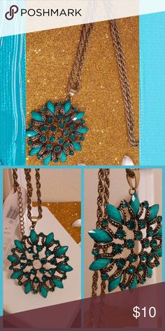 "Turquoise Flower Pendant Necklace Long Chain BNWT Turquoise marble stone n rhinestone flower pendant necklace  Chunky fashion jewelry 32"" long chain Boho hippie necklace  Price is firm 💯Brand new High quality💯 💯What u see is what u get💯 ➕10 off 2 or more➕ ❤Please check out my closet❤ ⛔All prices have Been reduced⛔ ✔Buy with confidence ⭐⭐⭐⭐⭐ Top Rated Seller ⚡next day shipping ❤Trying to raise money 4 my family thank u all 4 every share like n purchase❤ Jewelry Necklaces"