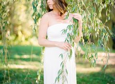 maternity session in willow tree, white dress. mandy mayberry photography boston and rhode island maternity and wedding film photographer