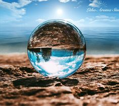 XINTOU Clear Photography Crystal Ball 80 mm Glass Marbles Balls Feng shui Home Decor Sphere Magic Globe Office Presse-papier Crystal Sphere, Crystal Ball, Clear Crystal, Clear Glass, Crystal Healing, Crystal Decor, Chakra Healing, Quartz Crystal, Fantasy Photography