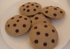 Felt food chocholate chip cookies set of five by mudpiekids