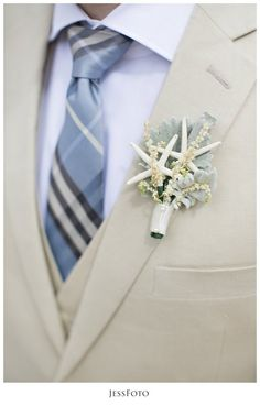 Starfish Boutonnieres | marriott frenchman reef wedding photos by jessfoto