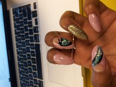 My nail art from last week on stiletto nails :) Oval Nail Art, Oval Nails, Cute Nails, Pretty Nails, Stiletto Nails, Hair And Nails, Nail Colors, Real Life, Barbie
